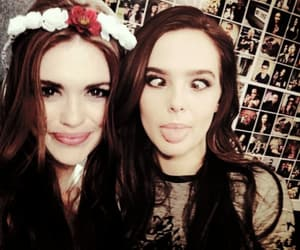 zoey deutch and holland roden image
