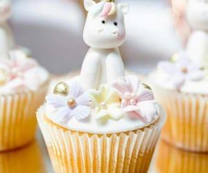 cupcake, unicorn, and yummy image