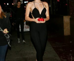 miley cyrus and street style image