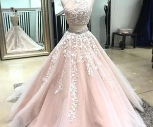 Prom and prom2018 image
