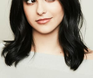 wallpaper and camila mendes image