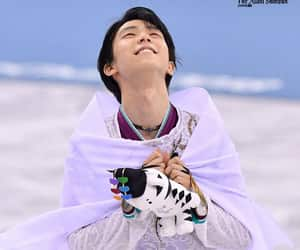 figure skating and yuzuru hanyu image