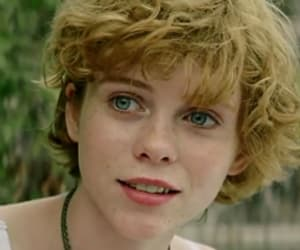 it, beverly marsh, and sophia lillis image