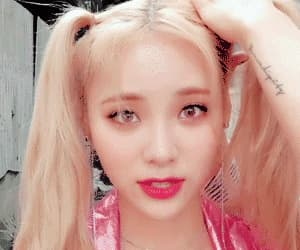 gif, jinsoul, and loona image