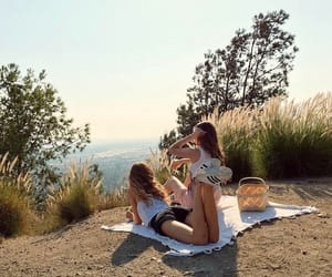 summer and friends image