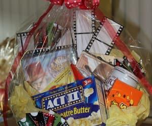 gift, sweet+tasty, and yum+yummy+yummi image