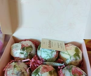 bath, bath bombs, and beauty image
