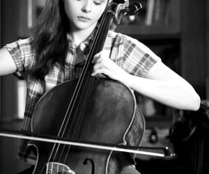 if i stay, chloe grace moretz, and cello image