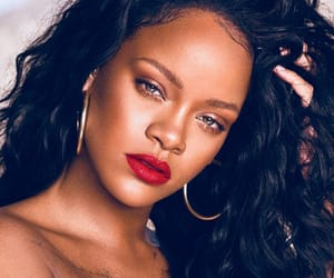 rihanna, Queen, and fenty beauty image