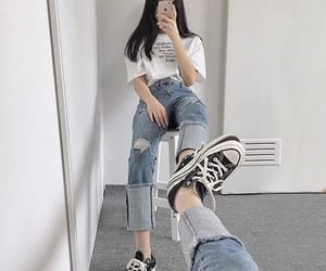 ulzzang, korean, and outfit image