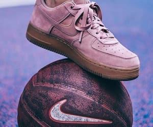 sneakers image