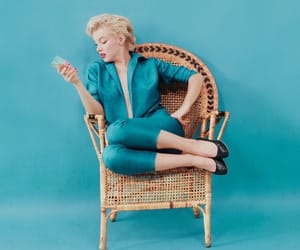 Marilyn Monroe and blue image