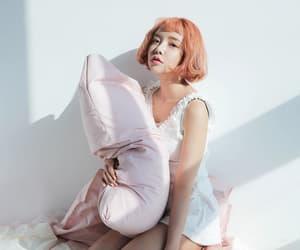 korean, soo ah, and fashion image