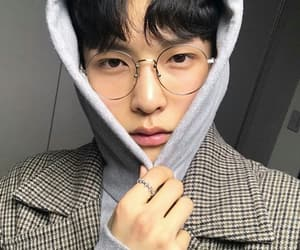 boy, ulzzang, and glasses image