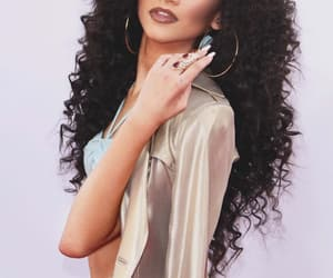 zendaya and hair image