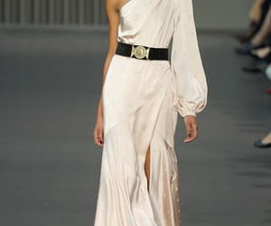 belleza, elegancia, and London fashion week image