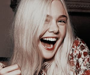 Elle Fanning and girl image