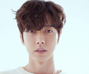 korean actor and park hae jin image