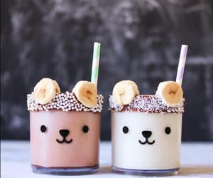 banana and smoothie image