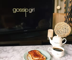 girl, gossip, and 朝食 image
