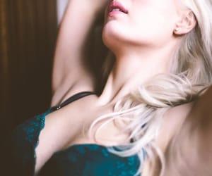 nyc boudoir photography, nyc intimate photography, and intimate photography nyc image