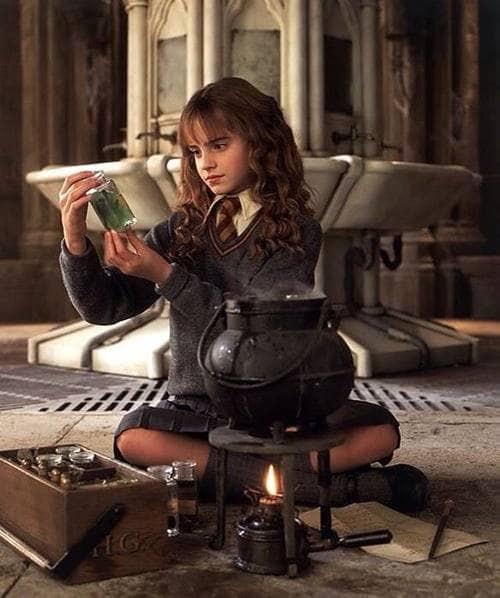 Characters Aesthetics Hermione Granger On We Heart It