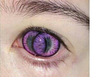 eye and strange image