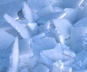 aesthetic, blue, and frozen image
