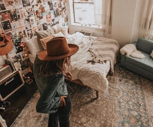 aesthetic, girl, and vintage image