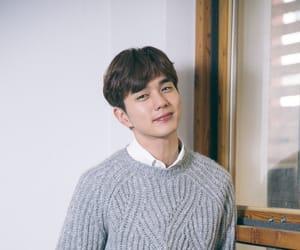 kdrama and yoo seung ho image