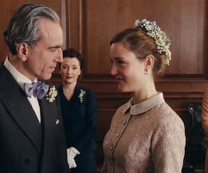 daniel day lewis, vicky krieps, and movie image