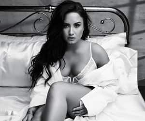 demi lovato, beauty, and tell me you love me image