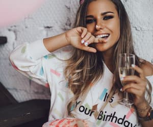 aesthetic, balloons, and we heart it image
