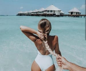 beach, lovers, and Maldives image