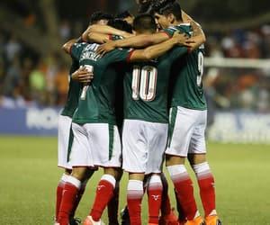 chivas and fútbol image