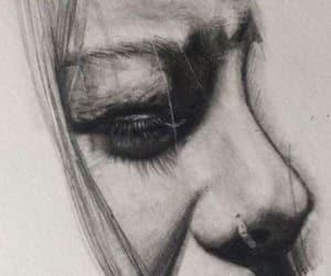 رَسْم, رسم بالرصاص, and رسم بالفحم image