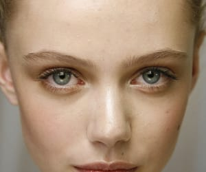model, frida gustavsson, and eyes image
