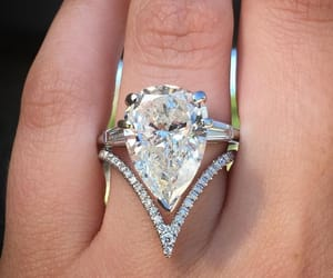 engagement rings, wedding rings, and diamond rings image
