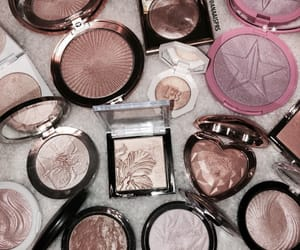 beauty, gold, and highlighter image