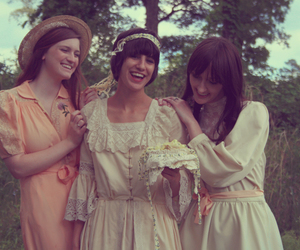 girls, vintage, and lace image