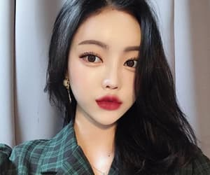 ulzzang, korean girl, and dabin image