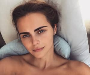 brunette, flawless, and xenia deli image