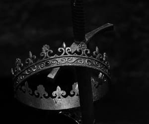 crown, aesthetic, and dark image