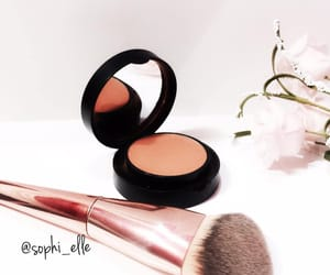 blush, maquillage, and soin image