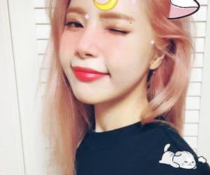 solar, kpop edits, and kpop selca image