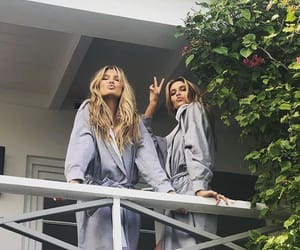 stella maxwell and romee strijd image