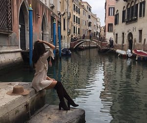 beautiful place, girl, and venice image