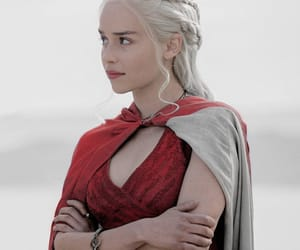 game of thrones and daenerys targaryen image
