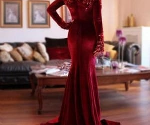 evening dress, velvet, and prom2018 image