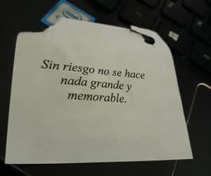 frases, riesgo, and español image